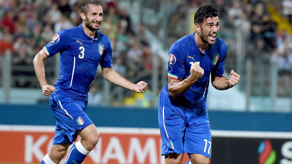 101314-SOCCER-graziano-pelle-celebrates-after-scoring-ahn-PI_vadapt_955_medium_0